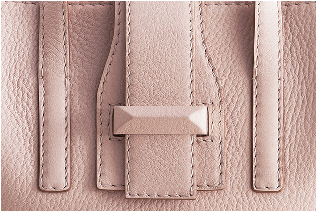 Max Mara - Subscribe to our weekly newsletter